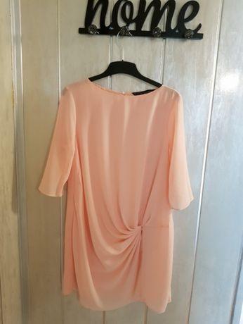 Sukienka firmy ZARA rozmiar L