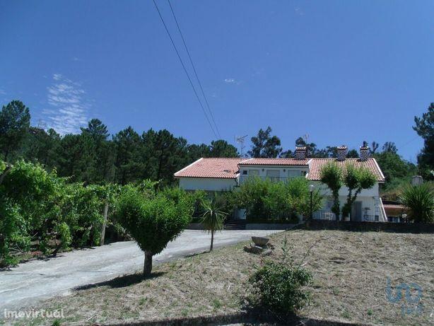 Moradia - 438 m² - T4