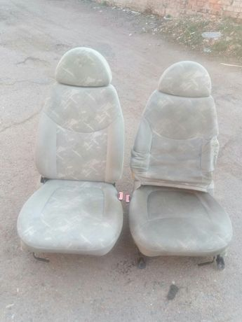 Продам передние сиденья для Чери QQ