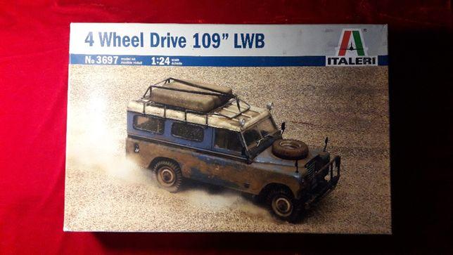 Сборная модель 1:24 Italleri 4 Wheel Drive 109 LWB