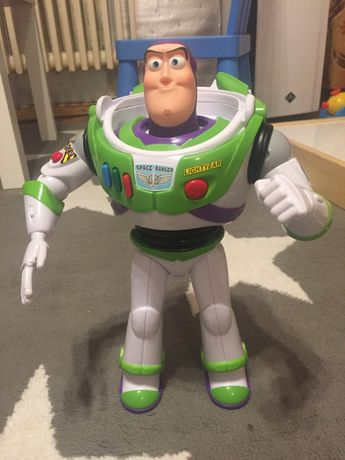 Disney Toy Story 4 Figurka Buzz Astral ruchome elementy karate