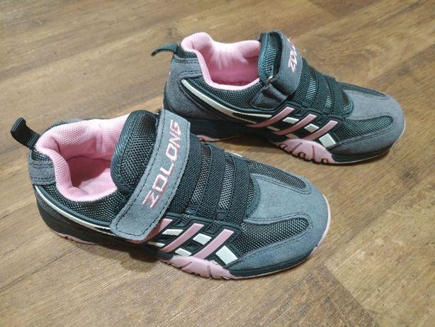 Якісні замшеві кросівки для дівчинки. Качественные кроссовки