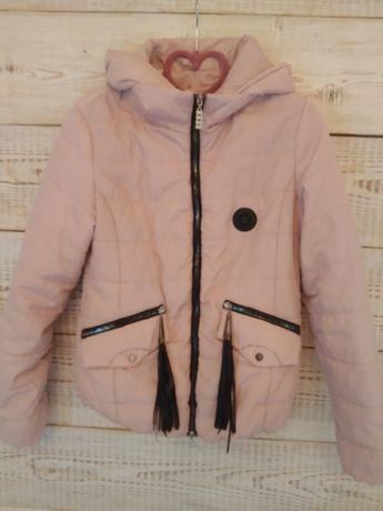 Куртка розмір S