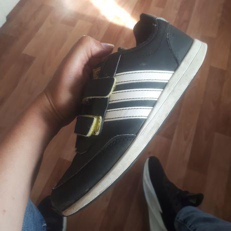 Кроссовки кросівки Adidas оригінал