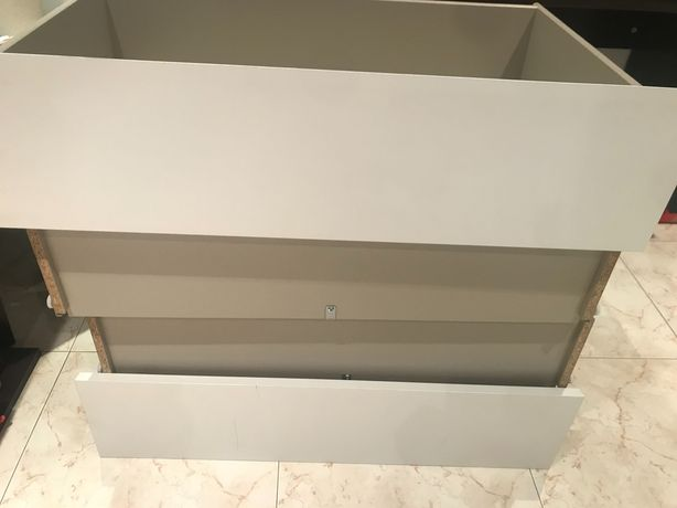 Gaveta branca cómoda Malm Ikea