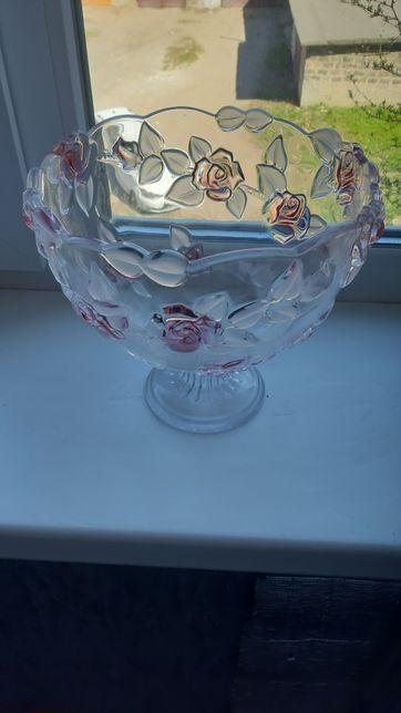Хрустальная ваза для фруктов и конфет.