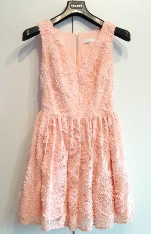 Różowa sukienka w rozmiarze s/m :)