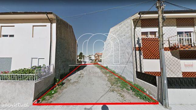Terreno p/Moradia C/PIP Aprovado C/ Piscina