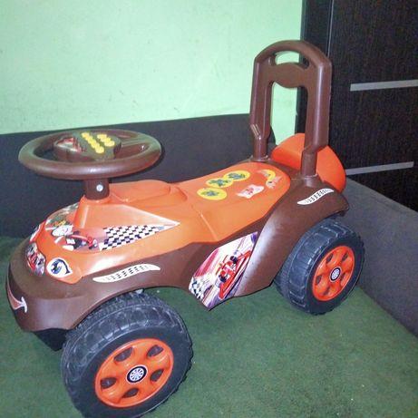 Машина-толокар для малюка