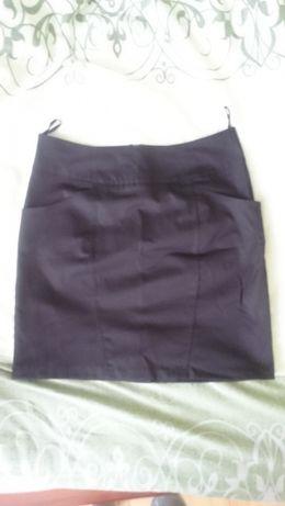 Czarna Spódnica rozmiar 42