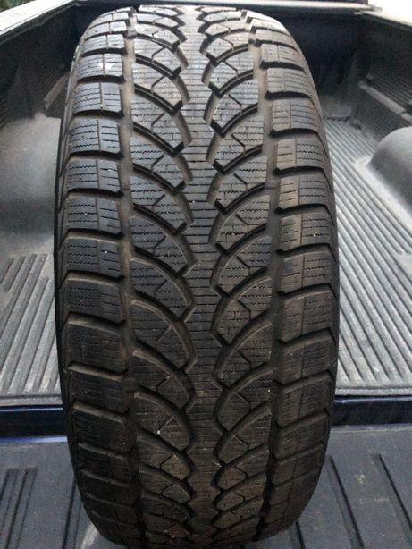 Резина шина гума зима Bridgestone 245 45 R 20