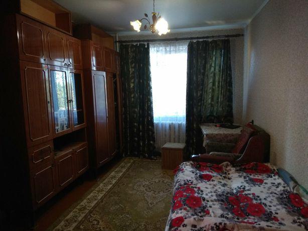 Сдам 1к уютную квартиру со стиральной машиной и МПО.  2700грв.