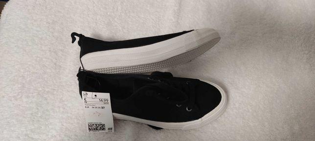 Взуття H & M нові