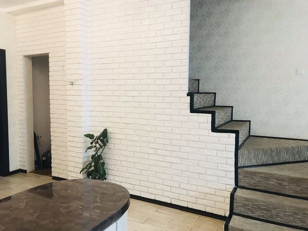 Продам дуплекс з ремонтом в Ірпені по вул.Достоєвського