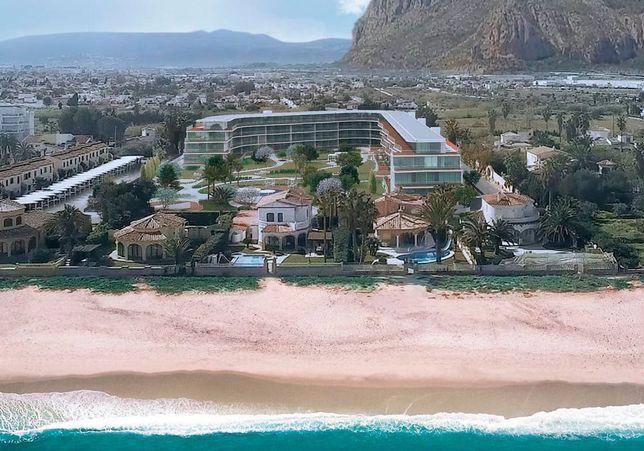 Прекрасный жилой комплекс на берегу Средиземного моря, Дения