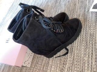 Nowe buty Renee