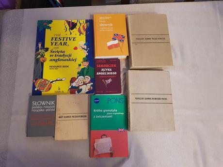 Lektury szkolne oraz słowniki