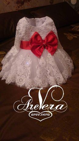 Нарядное детское платье на годик пышное праздничное мама дочка белое