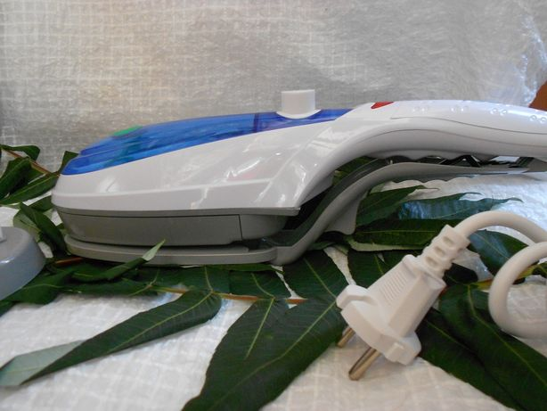 Ручной отпариватель для одежды TOBI Steam Brush, паровой утюг