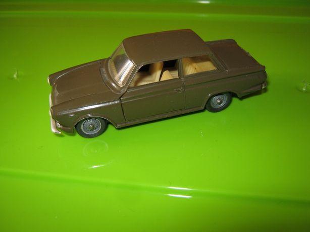 Модель Ford consul cortina 1/43 римейк СССР