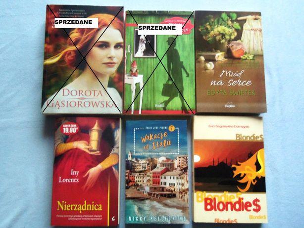 Miód na serce, Nierządnica, Blondies, Wakacje w Italii