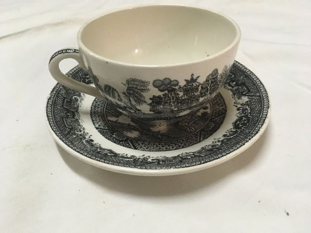 Loiça de Sacavém antiga - prato e chávena unica