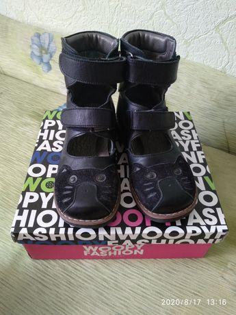 Ортопедические высокие туфли берцы кожаные полностью (туфлі берці)