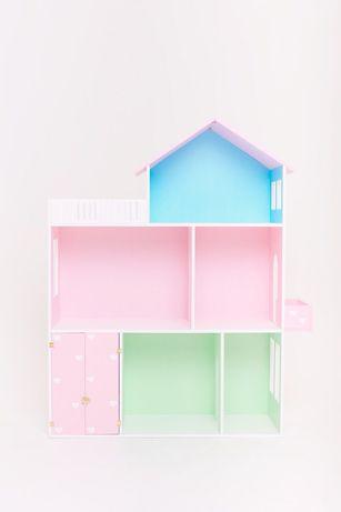 Цветной кукольный дом