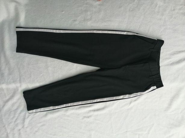 Spodnie cygaretki Boyfriend z lampasami i kieszeniami roz. XS-S