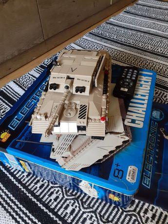 Klocki Cobi ,Czołg Challenger I, zdalnie sterowany