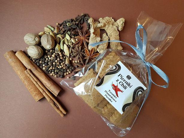 Pierniki z chili, pikantne HOT PIERNIKI Z TORUNIA naturalne małe