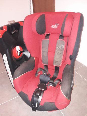 Cadeira auto Axiss da Bebé Confort giratória