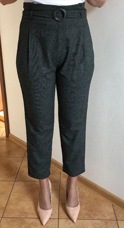 Stradivarius eleganckie spodnie materiałowe cygaretki w kratę M