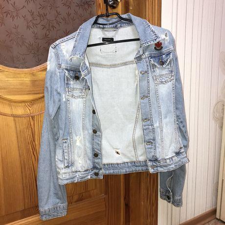 Продам женскую джинсовку