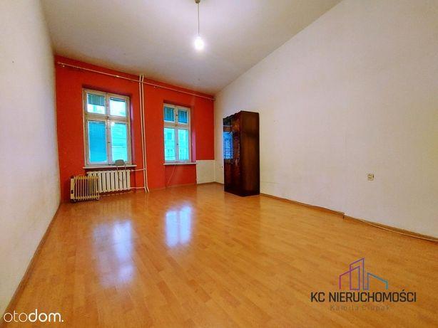 67 m2, 2 pokoje, pierwsze piętro, ogrzewanie miejs