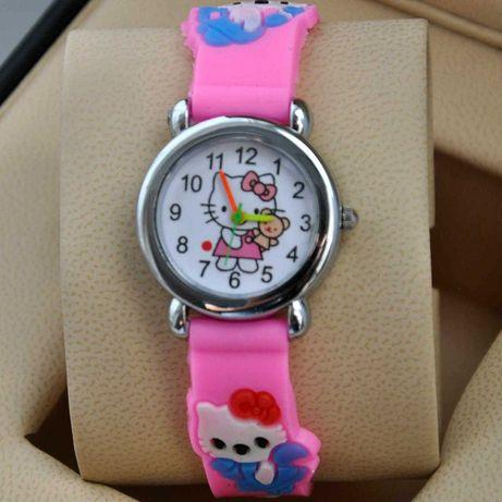 Детские розовые часы Кити
