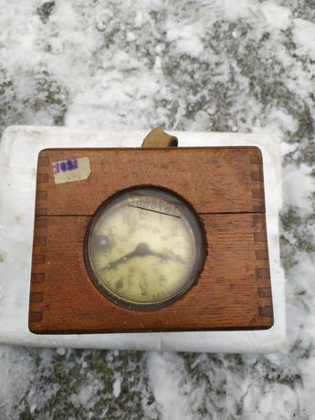 Zegar do lotów gołębi pocztowych