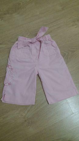 Бриджи, шорты для девочки 2 лет