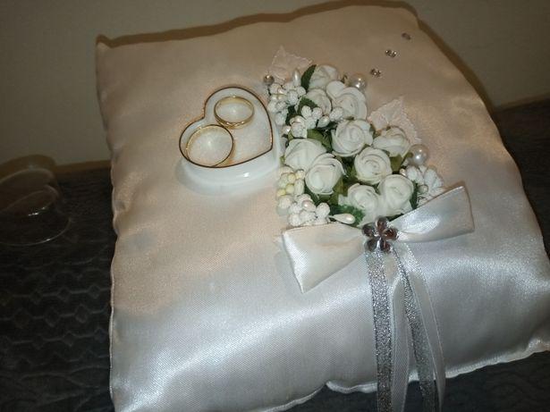 Poduszeczka poduszka na obrączki z pudełeczkiem
