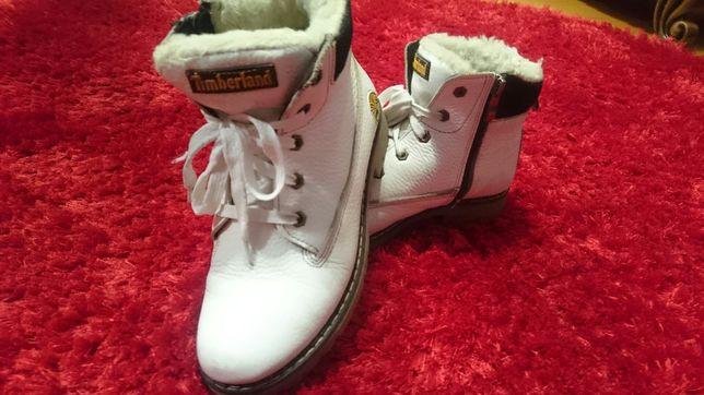 Ботинки зимние Timberland для девочки.