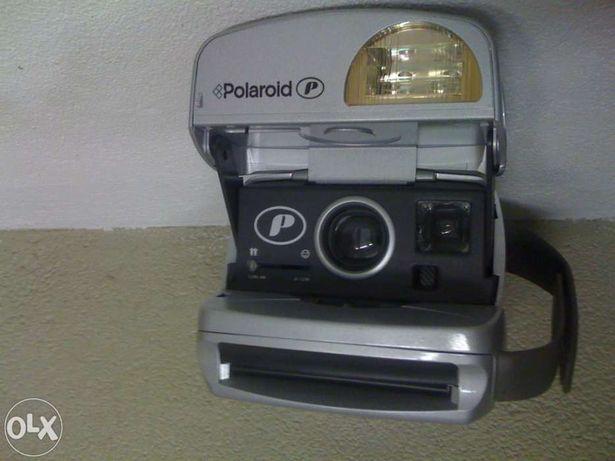 Polaroid P600