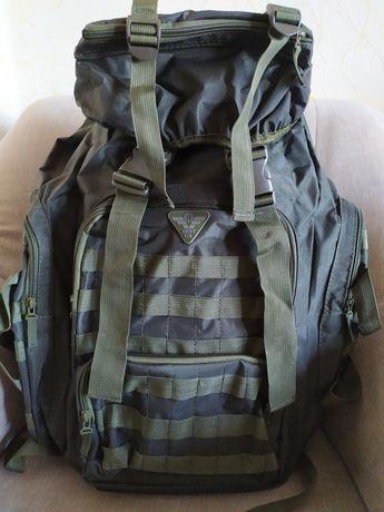 Продам   рюкзак,  цвет  хаки.