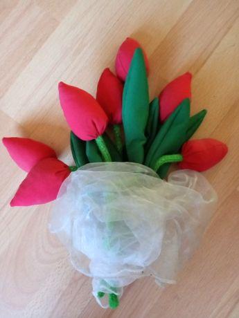 Tulipany z materiału zamienię