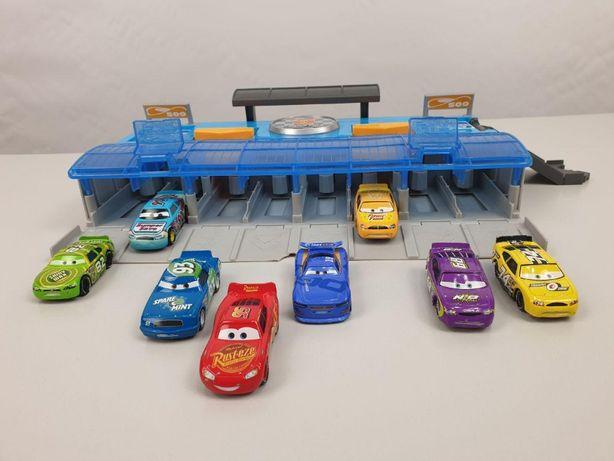 """Игровой набор Тачки CARS """"Быстрый старт""""+8 машинок (FLK12) Mattel"""