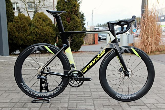 Rower szosowy CANNONDALE SYSTEMSIX Disc Shimano Ultegra Di2 roz. 60