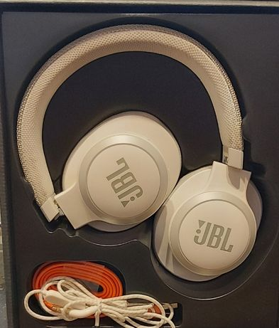 1198/20 Słuchawki bezprzewodowe JBL Harman Live650BT gwarancja