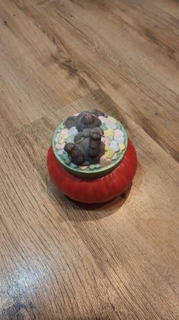 Шкатулка Мышка в восторге.