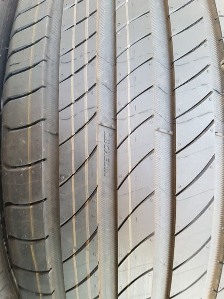 Michelin Primacy 4 205/45R17 XL 88H 2020r Lato