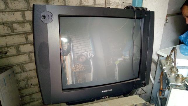 Telewizor Grundig 30 cali