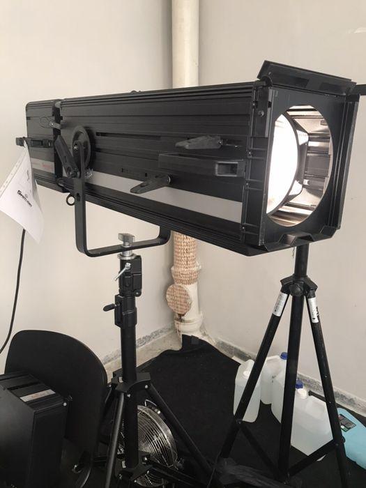 Spotlight vedette 25 h- reflektor prowadzący + case